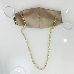 Face Mask With Chain